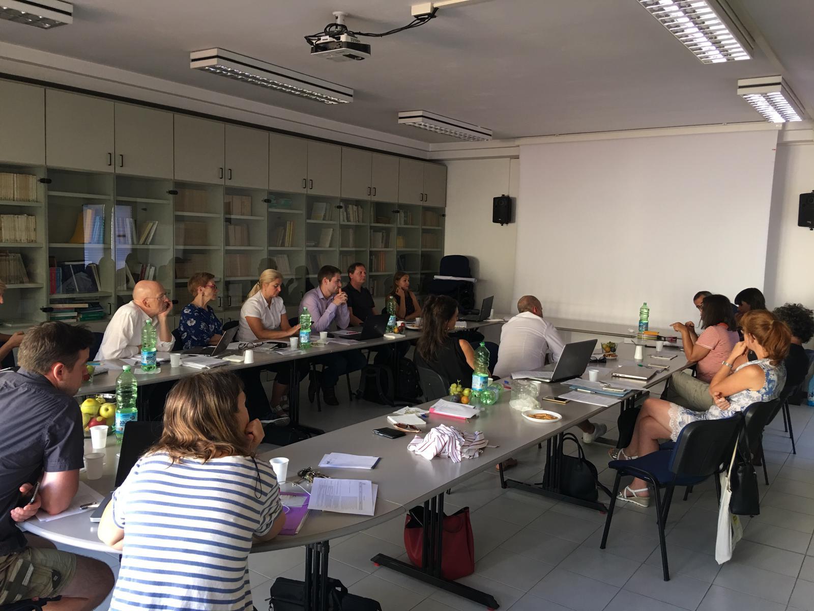 Segundo encuentro del curso de analistas del proyecto CENOFIA en Florencia