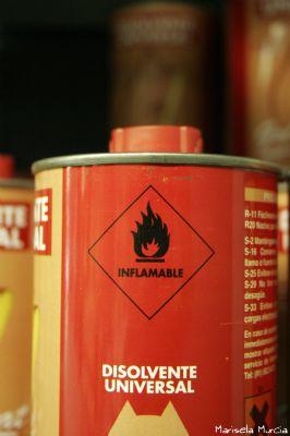 Disolventes, pegamentos, gomas, gasolinas